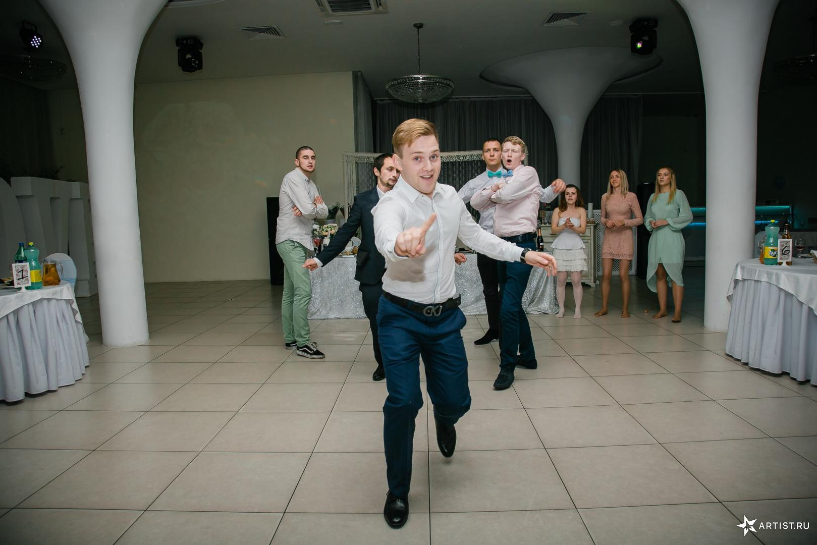Фото 6 из 15 из альбома Свадьба Анастасии и Дмитрия Андрея Кислого