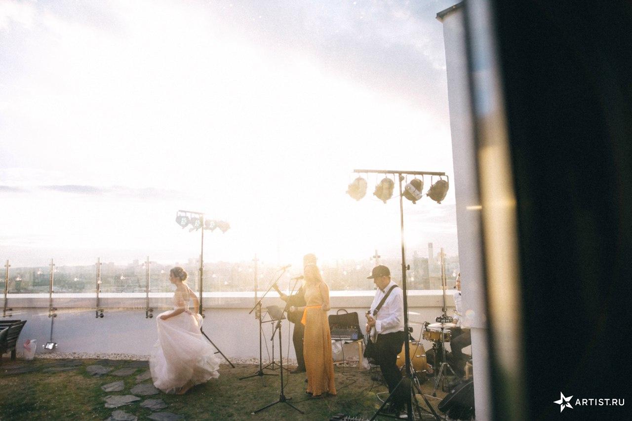 Фото 5 из 10 из альбома Прекрасная летняя свадьба  СУХОВ band (сухов бэнд)