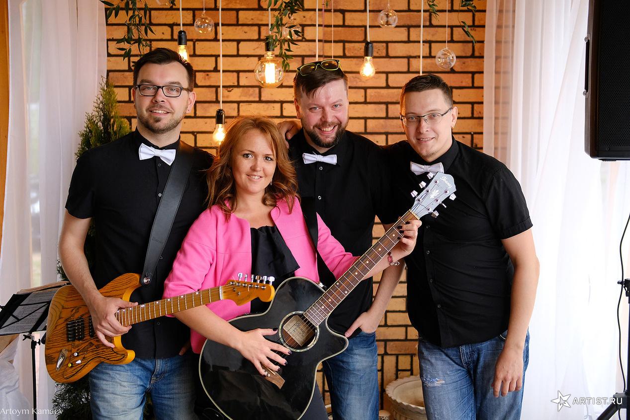 Фото 6 из 6 из альбома Открытие летней веранды  pir dushi СУХОВ band (сухов бэнд)