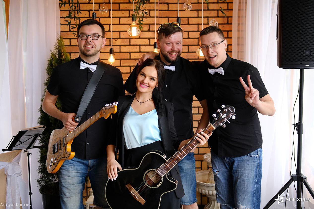 Фото 4 из 6 из альбома Открытие летней веранды  pir dushi СУХОВ band (сухов бэнд)