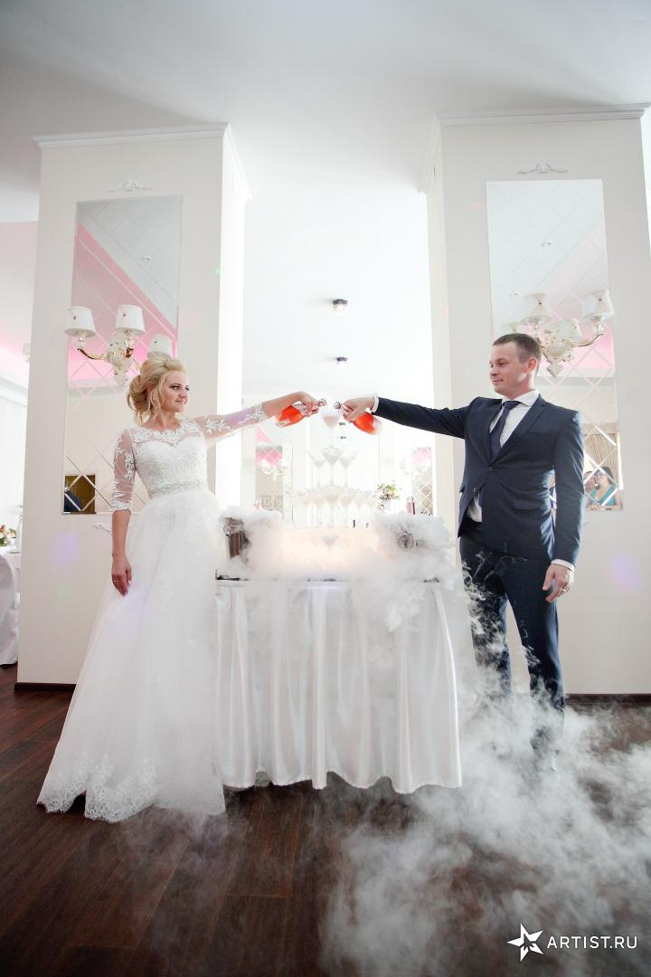 Фото 4 из 21 из альбома Свадьба Екатерины и Дениса Андрея Кислого