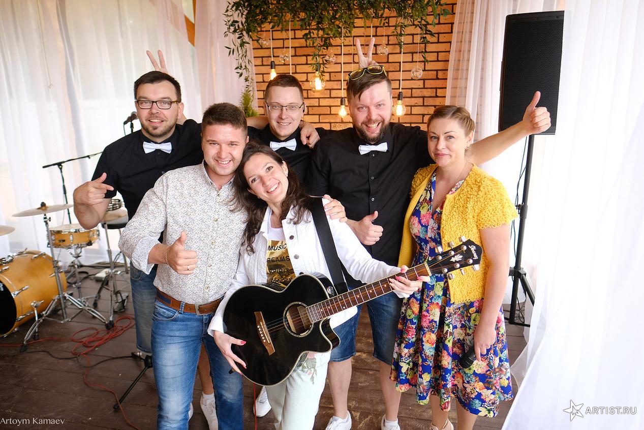 Фото 3 из 6 из альбома Открытие летней веранды  pir dushi СУХОВ band (сухов бэнд)