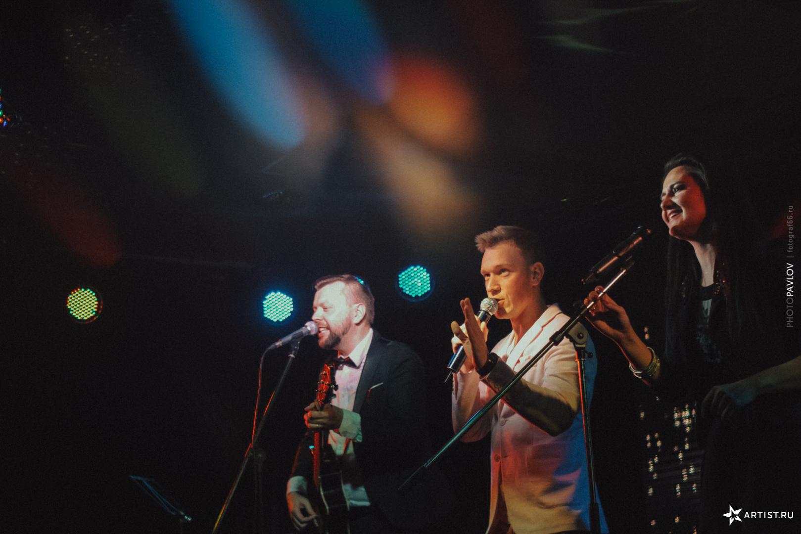 Фото 4 из 18 из альбома В Театре Эстрады  СУХОВ band (сухов бэнд)