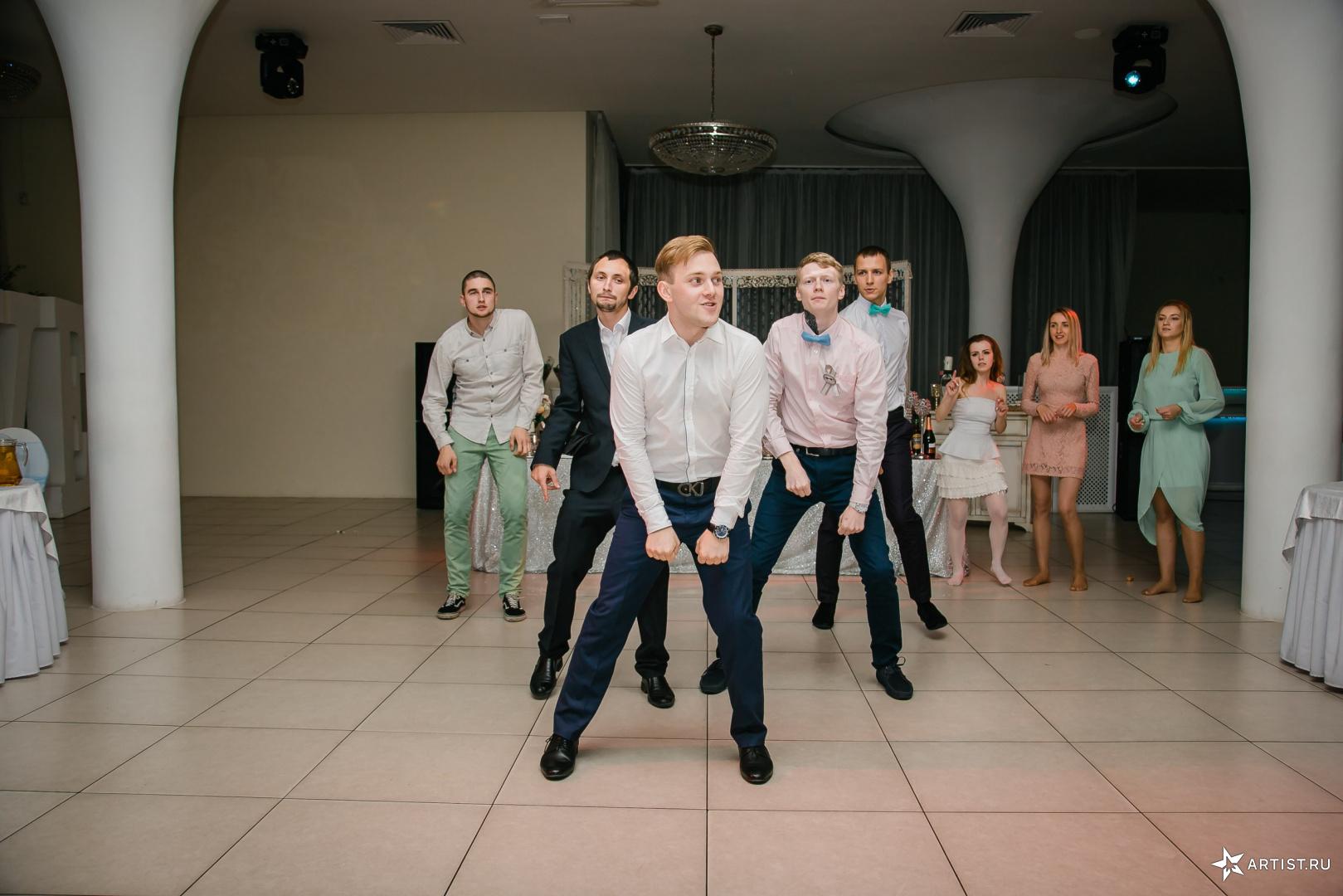 Фото 5 из 15 из альбома Свадьба Анастасии и Дмитрия Андрея Кислого