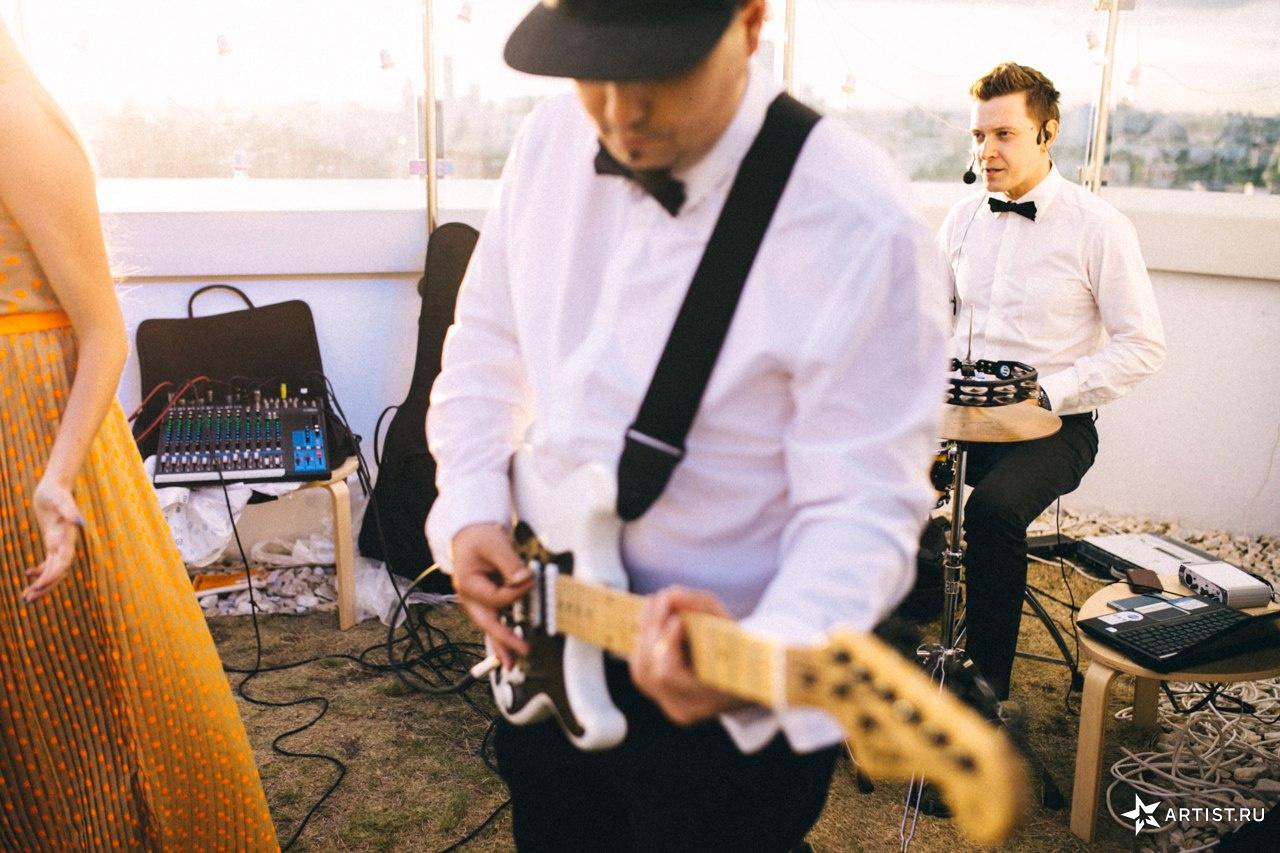 Фото 9 из 10 из альбома Прекрасная летняя свадьба  СУХОВ band (сухов бэнд)